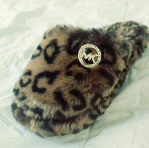 Micheal kors leopard print slippers small